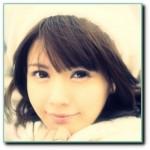 あずにゃん他キャラを演じる声優・竹達彩奈のカラコン姿が可愛い!